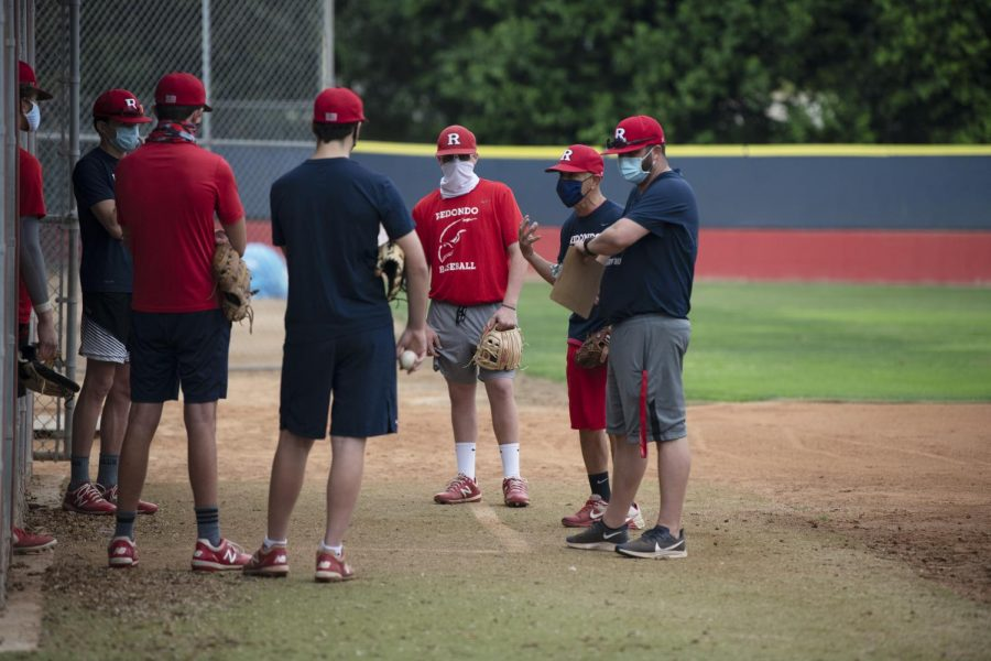 Boys' baseball headed back to practice on Oct. 12. They hope to begin their season in March. PHOTO BY CHLOE ROSENBAUM.